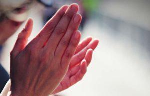 """Foto: """"Clapping Hands"""" // Urheber: Bara Cross"""